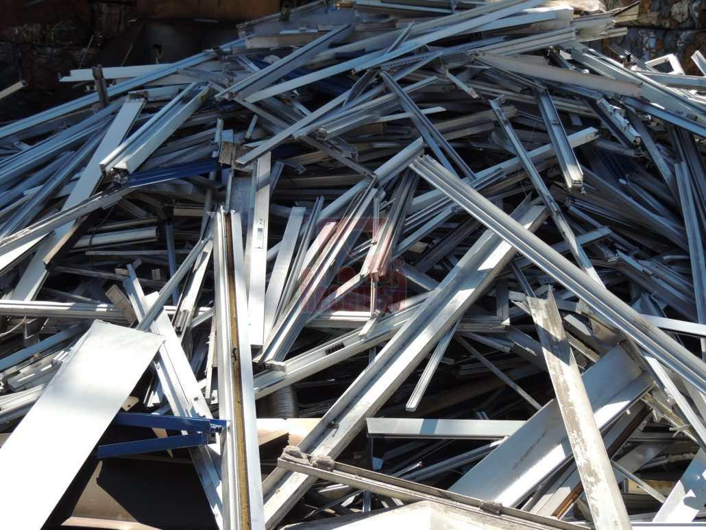 Chatarra de aluminio informaci n y precios recemsa el - Perfil de aluminio precio ...