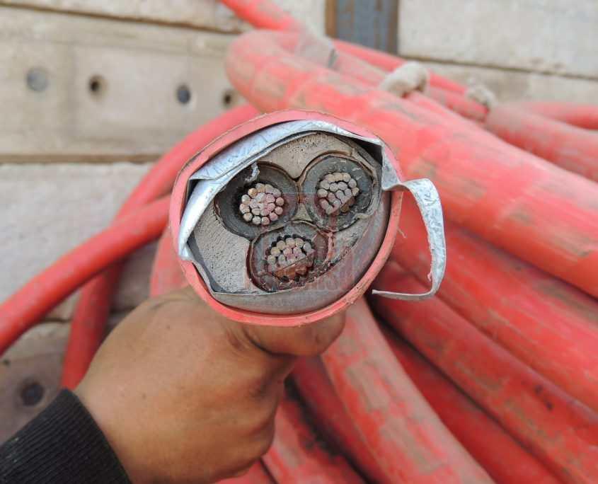 Cobre cable con pantalla de hierro